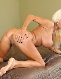 naked female pornstars